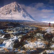 HILL WALKING BY THE BUACHAILLE ETIVE MOR, HIGHLAND.