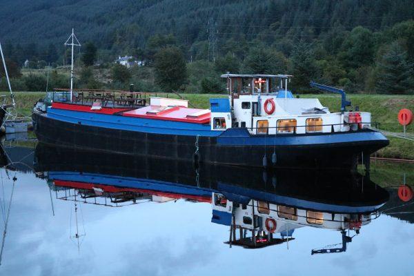 Great Glen Way canoe trail barge