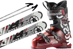 Helmet and ski's