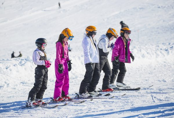 ski and snowboarding winter school residentials in Scotland