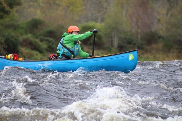 Active Outdoor Pursuits WW Canoeing River Spey