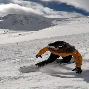 snowboarding in the great glen with snowboard lessons