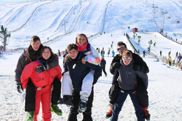 skiing and snowboarding residential snowsports trips in scotland
