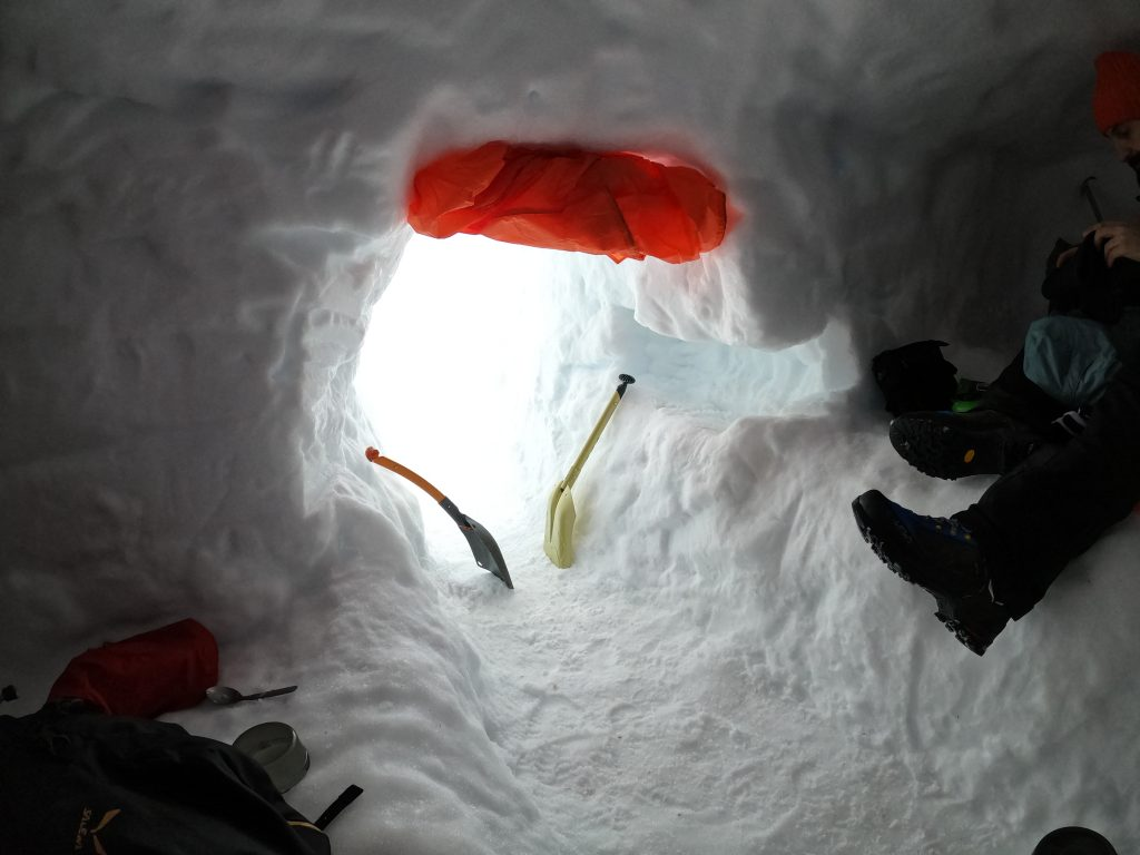 Winter Skills & Snowholing in Scotland