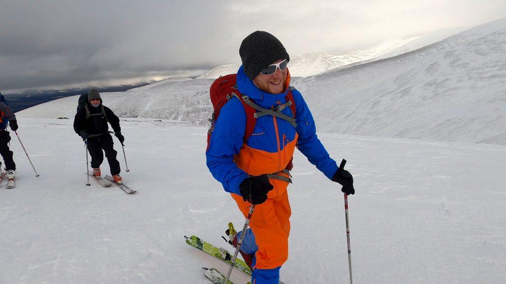 ski touring snowholing